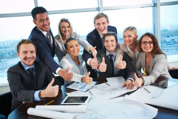 8 hành động giúp khích lệ tinh thần nhân viên