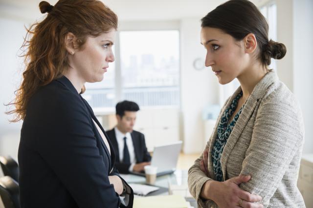 bất đồng khiến nhân viên nghỉ việc